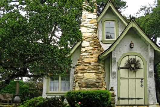 Hansel, Hugh Comstock cottage