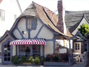 Carmel fairy tale architecture