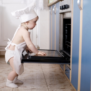 Toddler chef